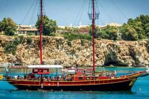 Pirate-Boat-cruise